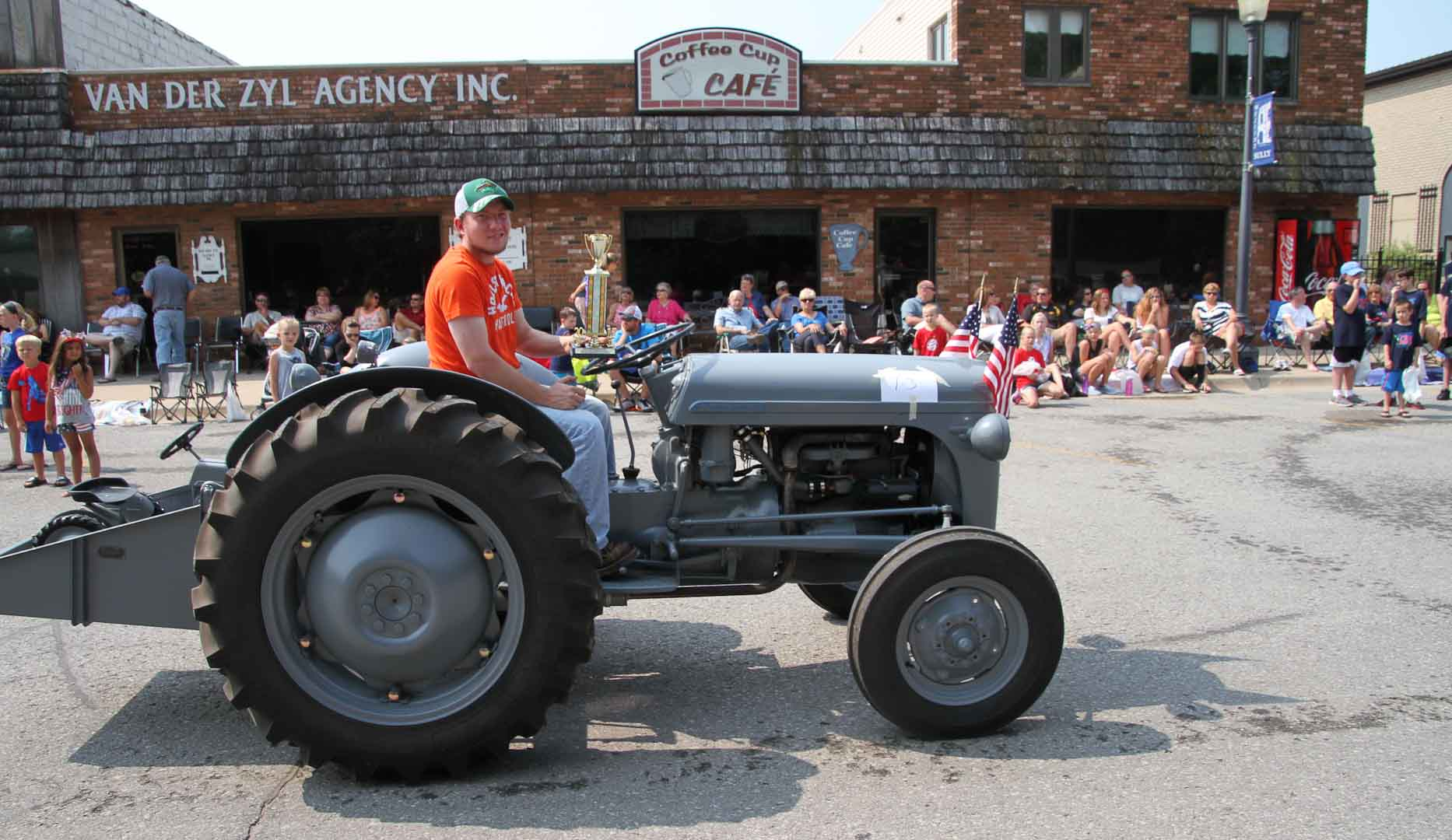 Cody-Foster-19XX-TO-30-4th-July-2015-Parade