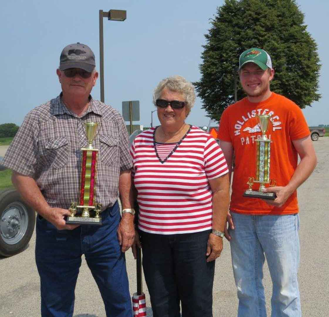 Gordon-Faye-Cody_Trophies_parade