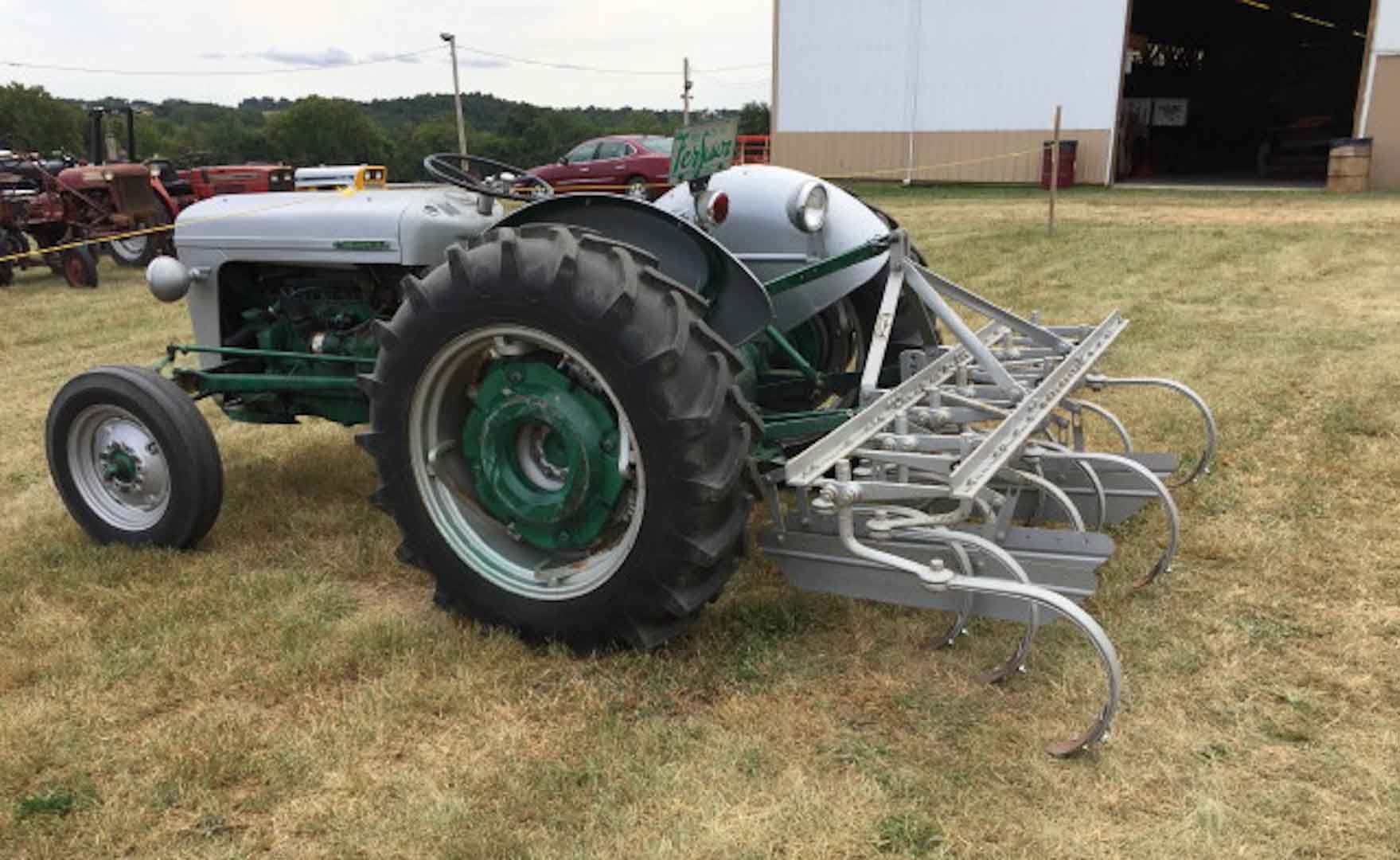 352tractor-show-thurs_015_1