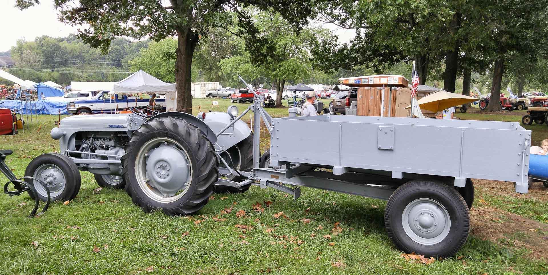 Steve Bieberich's TO-30 with the Ferguson Dump Wagon.