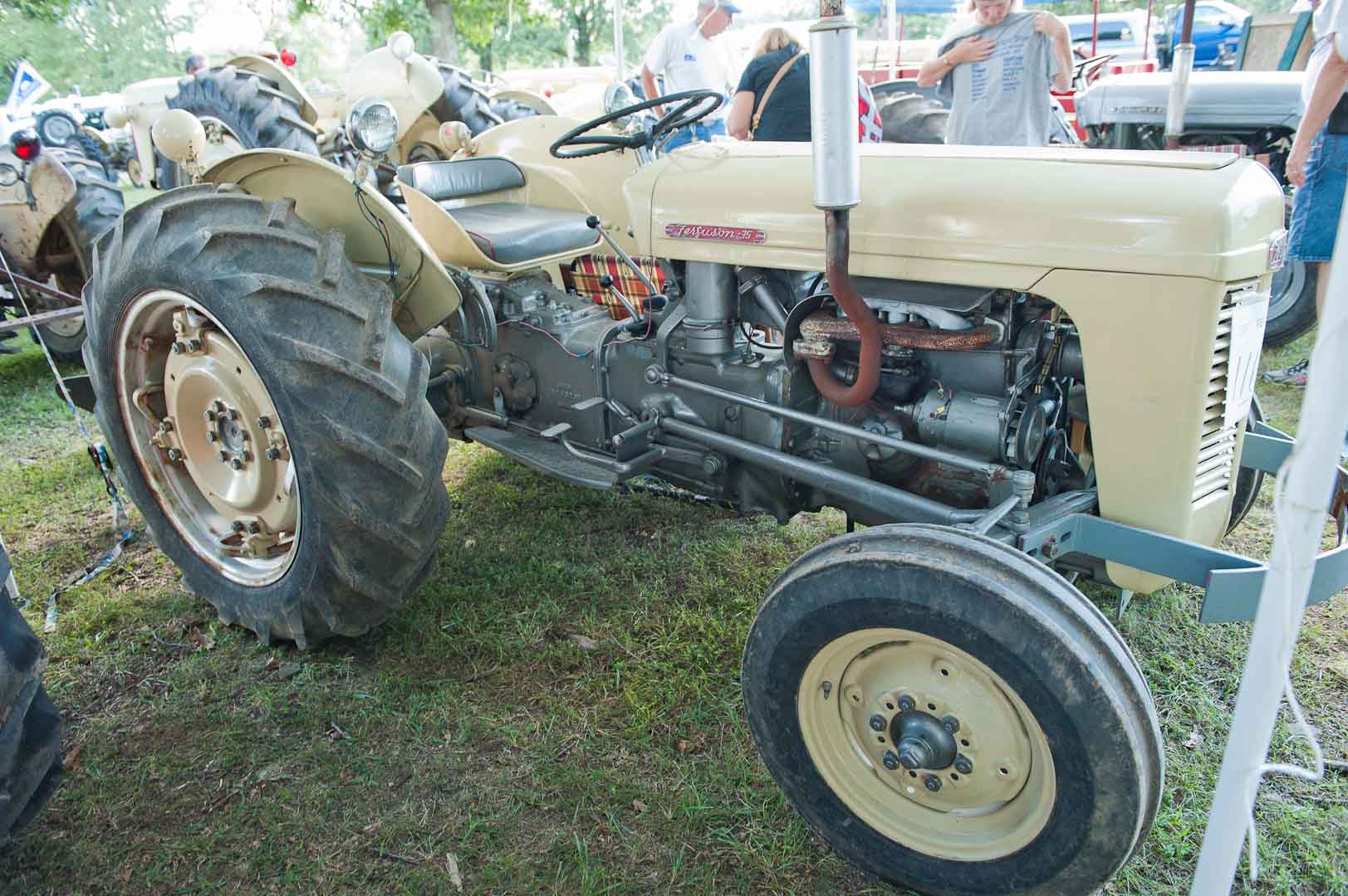 1957 Cream TO-35 owned by Melvin Sprague of Plainville, IL.