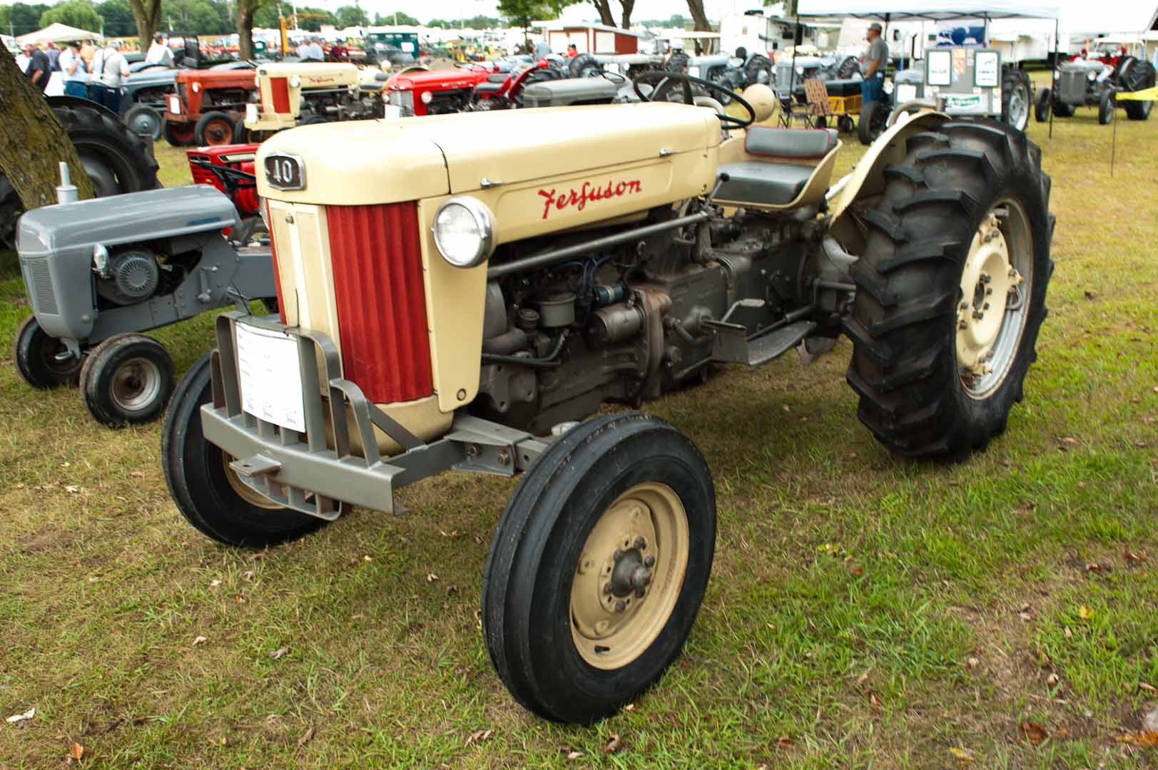 1957 F-40 owned by Ken Keeven of Highland, IL. SN SGM407234.