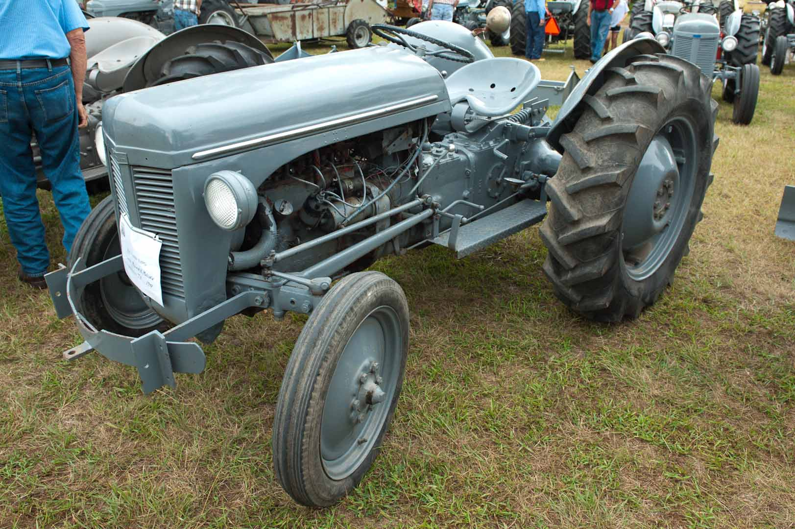 1948 TE-20 owned by Melvin Mullikin of Packwood, IA. SN TE-30043.