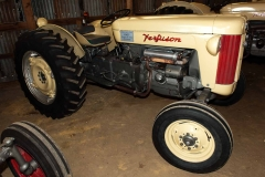 1957 F-40 owned by Richard and Walta Bloomquist of Fairfield, OH. SN SGM407815.