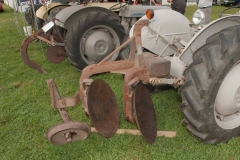 1950 TO-20 SN TO-21997 owned by Harlan Pierce of Bluford, IL.  Implement is a Ferguson two-disc plow.